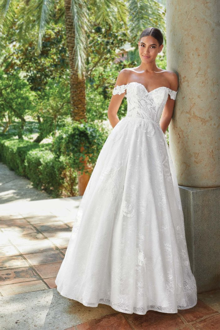 Vestito da Sposa Lillian West 44200 by Justin Alexander