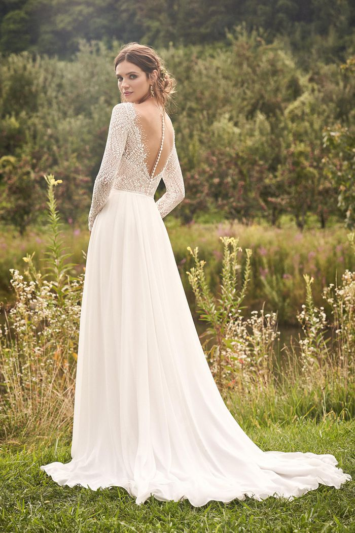Abito da Sposa 66135 by Lillian West
