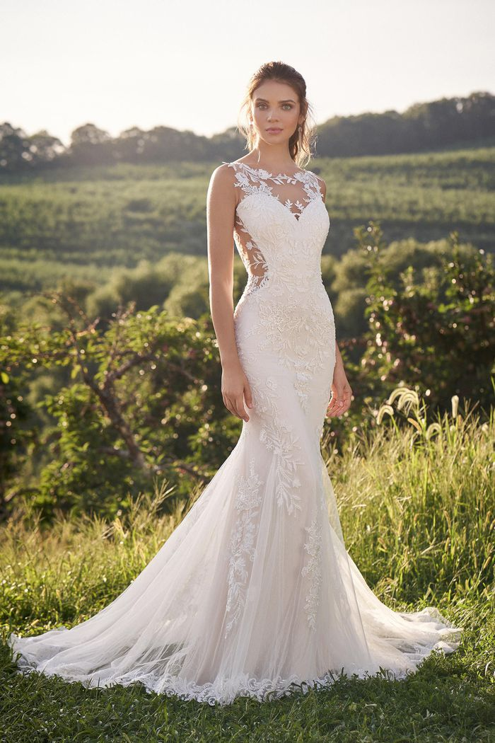 Vestito da Sposa 66143 by Lillian West