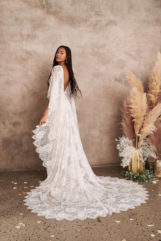 Vestito da Sposa 66208 by Lillian West