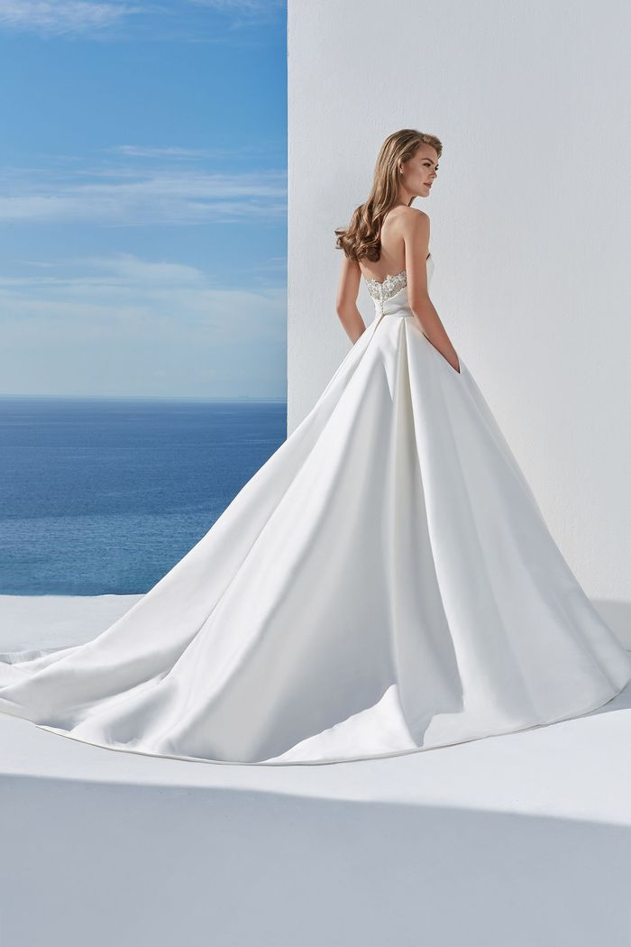 Vestito da Sposa Lillian West 88110 by Justin Alexander