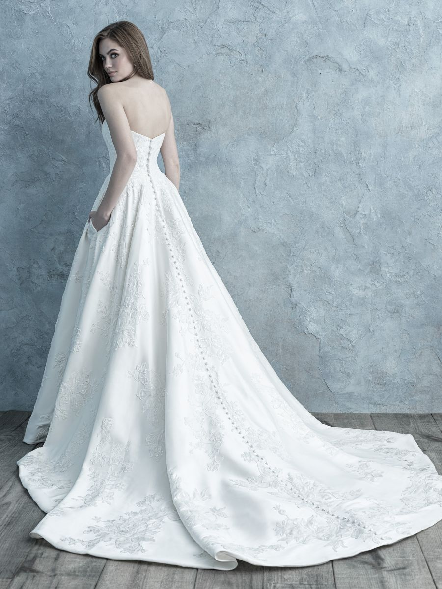 Vestito da Sposa 9650 by Allure Bridals