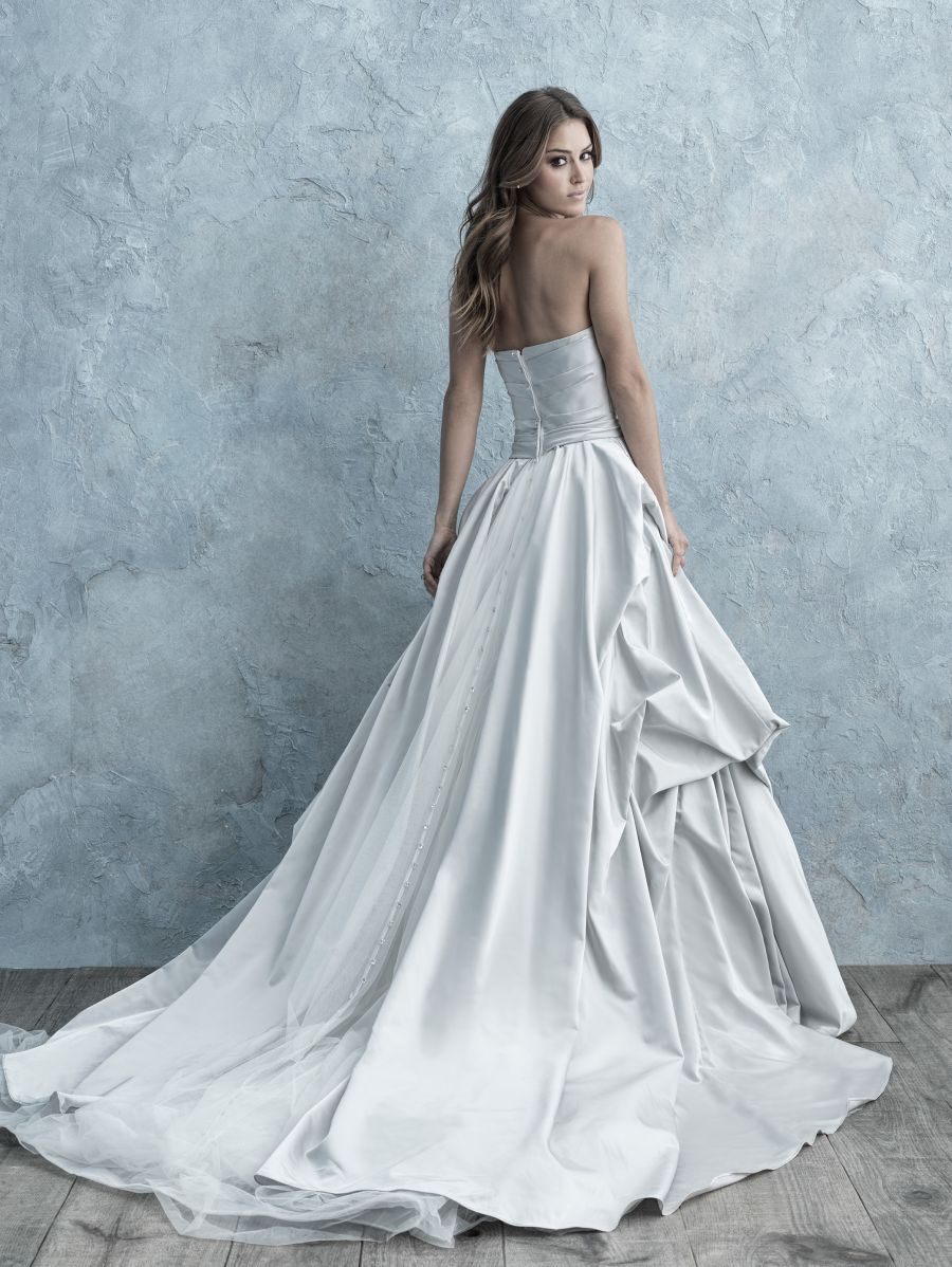 Vestito da Sposa 9665 by Allure Bridals