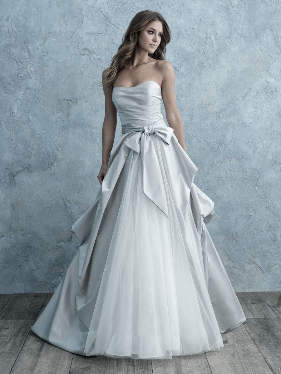 Abito da Sposa 9665 by Allure Bridals
