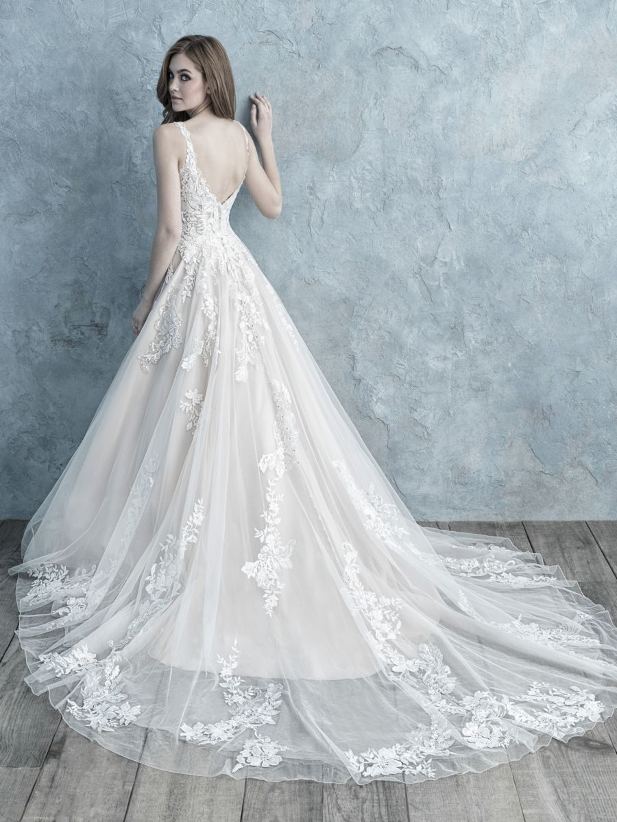 Vestito da Sposa 9679 by Allure Bridals