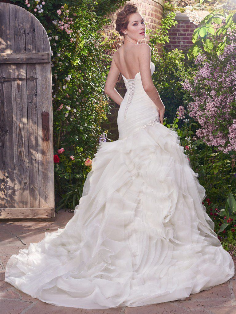 Abito da Sposa in Offerta Isabelle by Rebecca Ingram