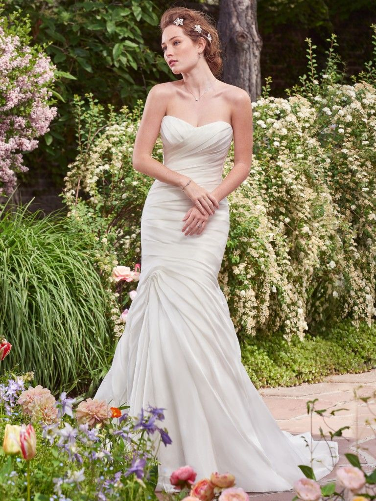Abito da Sposa in Offerta Persephone by Rebecca Ingram