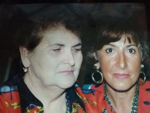 Loretta Romagnoli e sua mamma Vera