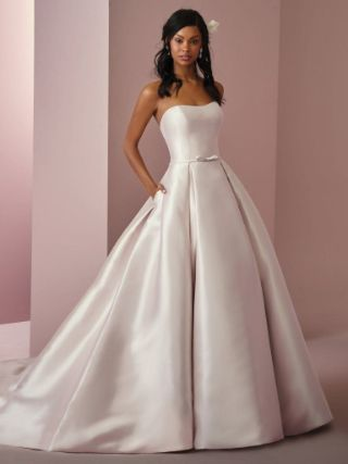 Abito da Sposa Erica Anne by Rebecca Ingram